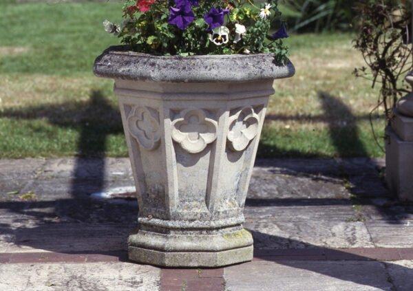 Gothic-Vase