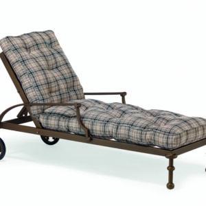 Elegant-liggstol-i-ypperlig-kvalitet-fran-Vansta-Tradgard
