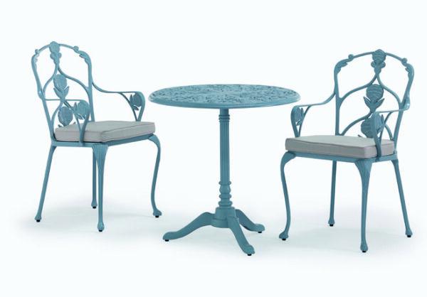 Elegant-karmstol-med-vackra-utsmyckningar-i-oslagbar-kvalitet-fran-Vansta-Tradgard