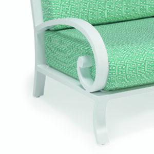 Metallmobler-i-oslagbar-kvalitet-och-snygg-design-for-din-uteplats-fran-Vansta-Tradgard