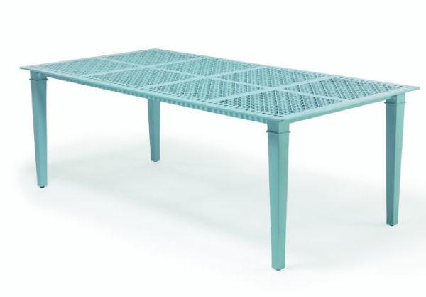 Bord-i-pulverlackerad-aluminium-av-hogsta-mojliga-kvalitet-fran-Vansta-Tradgard