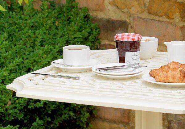 Rissington-cafebord