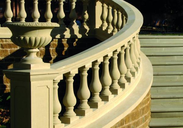 Svängda & lutande balustrader