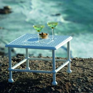 Artemis serveringsbord i gjuten aluminium
